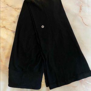 "Lululemon/ black Groove Pant Flare 32"" size 4"